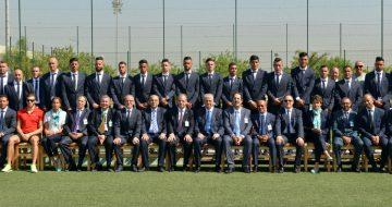 Le premier ministre Abdelmalek Sellal lors de la visite à la délégation Algérienne au Centre technique national de Sidi Moussa (Alger), avant leur départ pour les jeux de Rio 2016 (© NewPress)